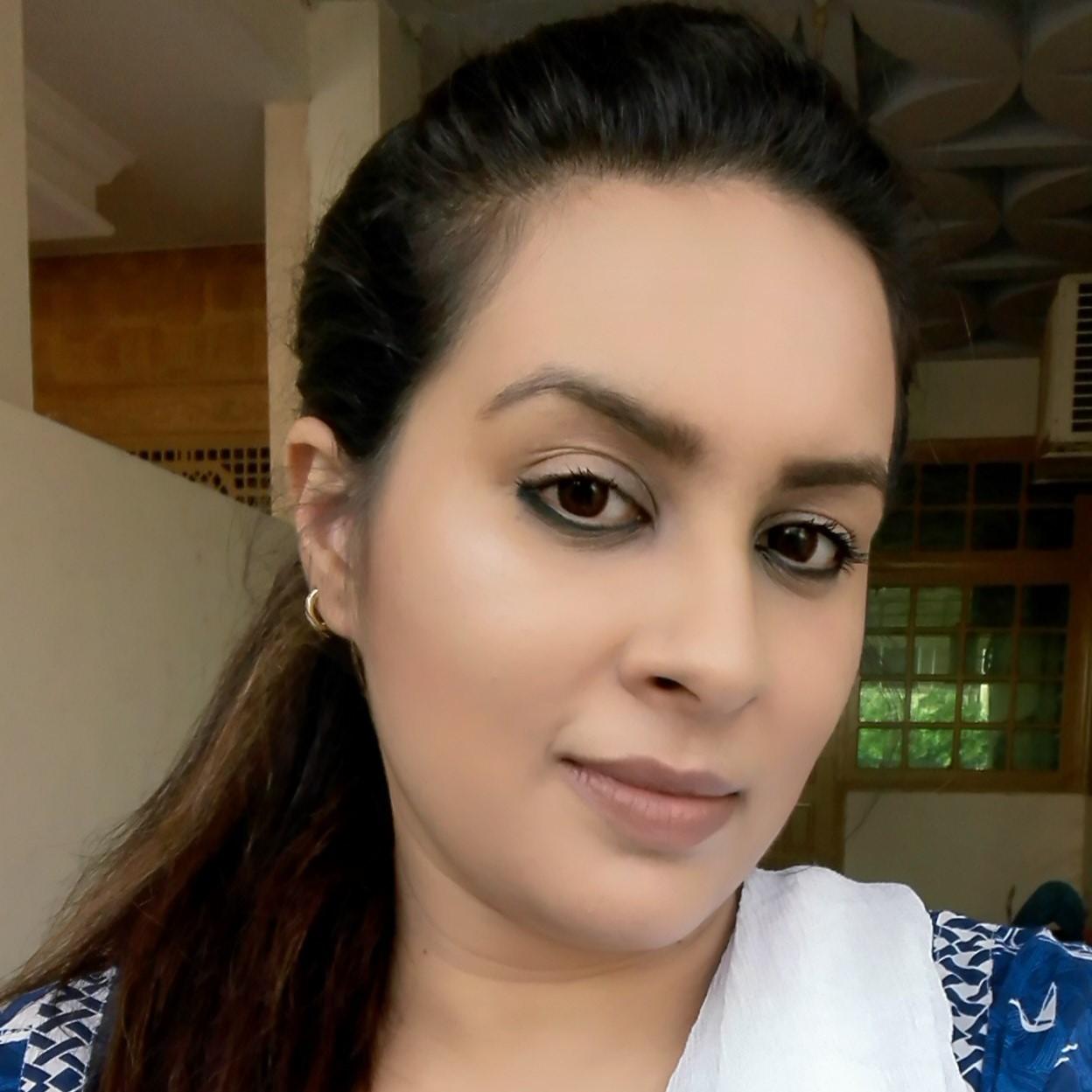 Shanza Khan