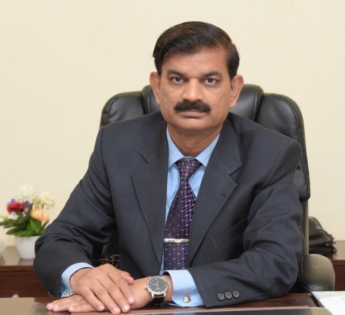 Prof Dr. Naveed Akhtar
